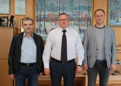 Руководство СПбГМТУ посетило с рабочими визитами уфимское предприятие и университет
