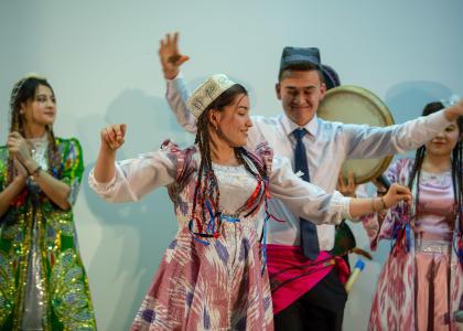 Фестиваль «Радость мира» объединил иностранных студентов в СПбГПМУ