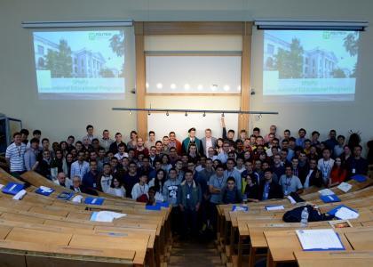 Студенты-энергетики заряжают питерское лето в Политехе