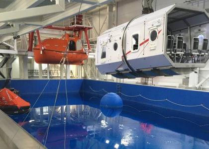 Команда студенческого конструкторского бюро по робототехнике (СКБ) представила Корабелку на всероссийском Кубке России по телеуправляемым подводным аппаратам