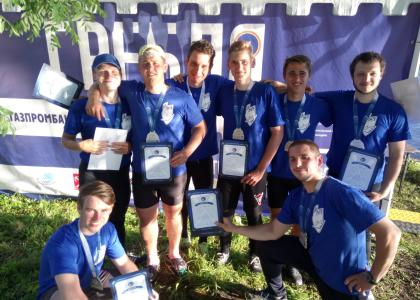 Команда СПбГМТУ завоевала серебро в соревнованиях по гребле