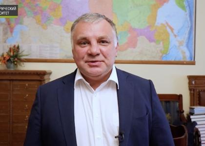 Ректор СПбГПМУ поздравил первокурсников 2021 года