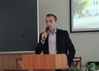 20 июля в Дискуссионном зале Студенческого дворца культуры РГПУ им. А.И. Герцена прошла встреча с известными петербургскими поэтами.