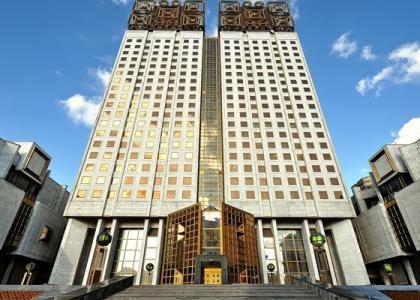 Конкурсы насоискание золотых медалей ипремий имени выдающихся учёных, проводимые Российской академией наук