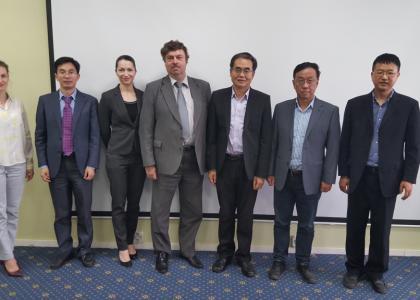 Визит делегации из Чэнду в ПГУПС